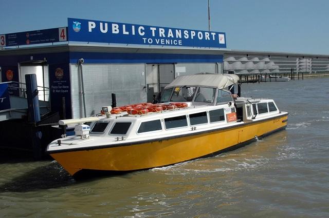 bateau public Venise