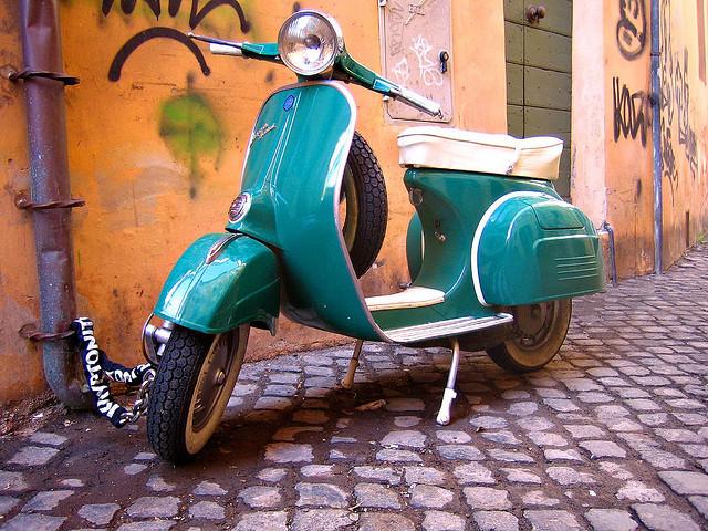 découvrir Rome en Vespa
