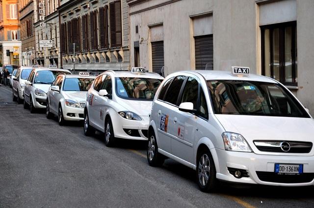 taxis à Rome