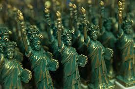 miniature statue de la liberté