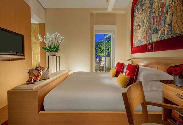 hôtel cinq étoiles Hotel Raphael – Relais & Châteaux