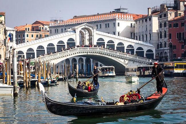Où prendre une gondole à Venise, astuces.