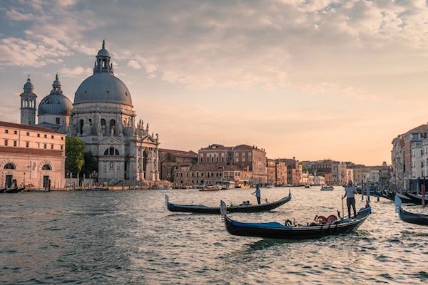 Parking pour visiter Venise.